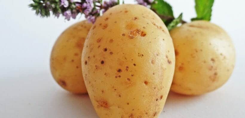 how-to-bake-a-potato-in-the-microwave